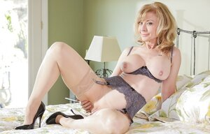 Youthful blonde has a sexual crush on mature stepmom and the female realizes it