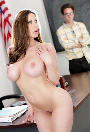 Whorish teacher with huge knockers has a thing for newbie nerdy studs