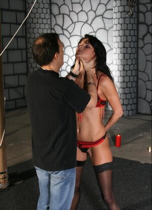 Male ligatured up Czech MILF Dolly Darkley in black stockings and plus felt her up