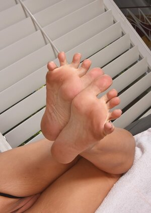 Foot Fetish Sexy Pictures